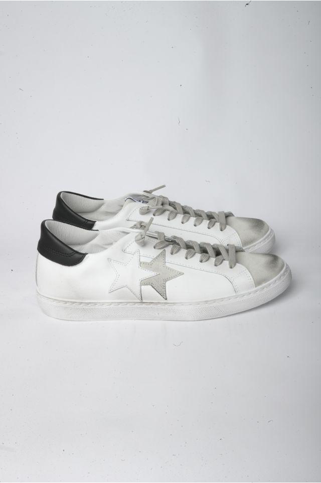 2Star Sneakers U2806